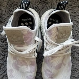 a2af8abb3 adidas Shoes - RARE Adidas Boost White Duck Camo NMD XR1 US 11 M